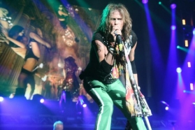 Steven Tyler Videos and News