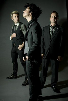 Green Day in Suits Again